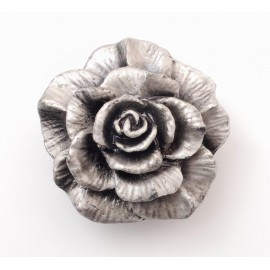 PP062 Novelty Handmade Solid Pewter Finely Sculpted Statuary Pull And Knob Of Gardens Theme.