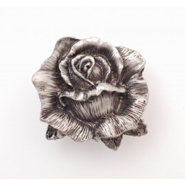PP070 Novelty Handmade Solid Pewter Finely Sculpted Statuary Pull And Knob Of Garden Theme.